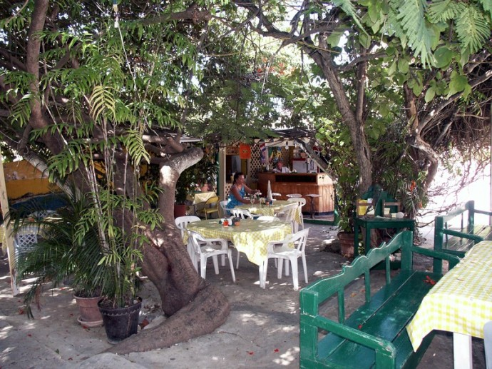 Rincon_local_restaurant